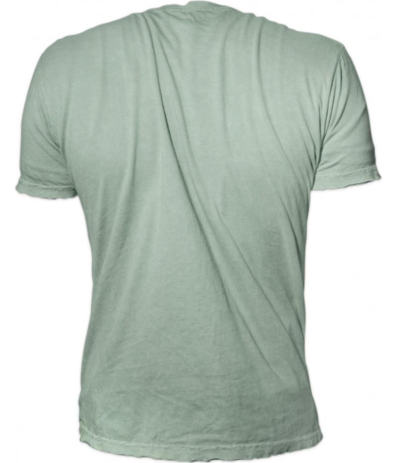 Мъжка тениска -шаран с червеноперки