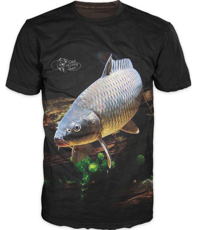 Риболовна тениска '' Шаран върху дърво''