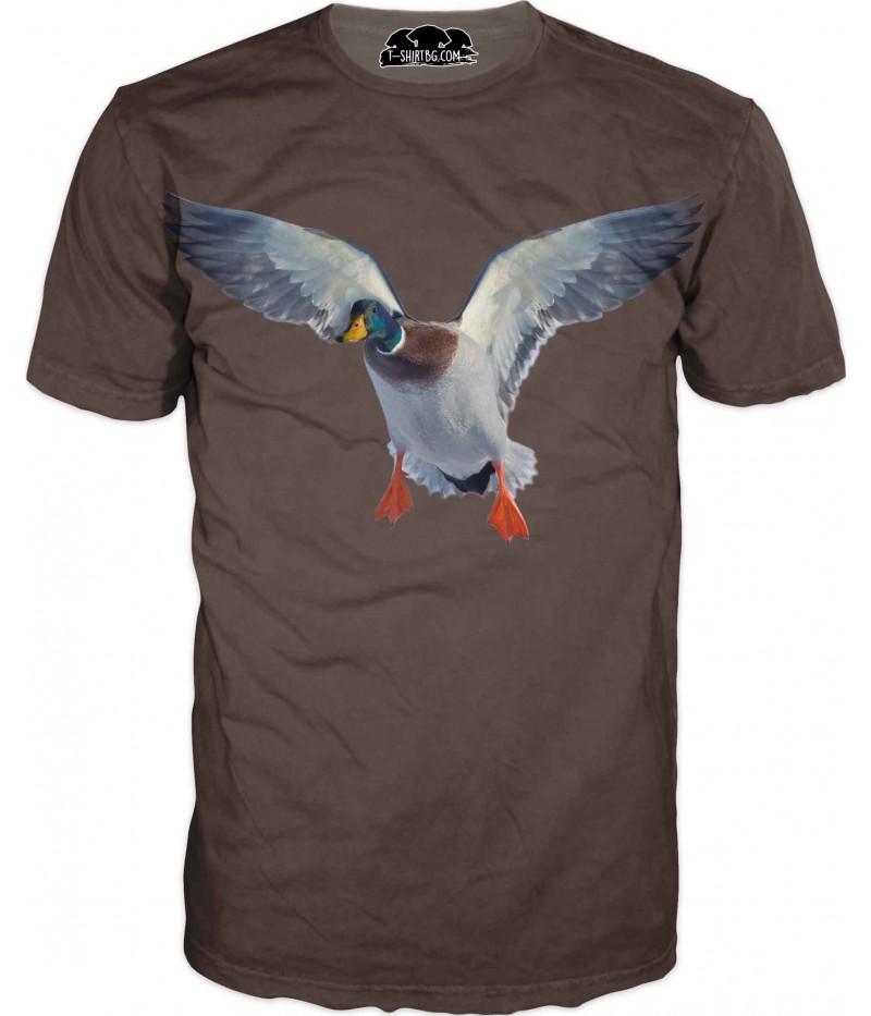Ловна тениска - патица на кафяв фон
