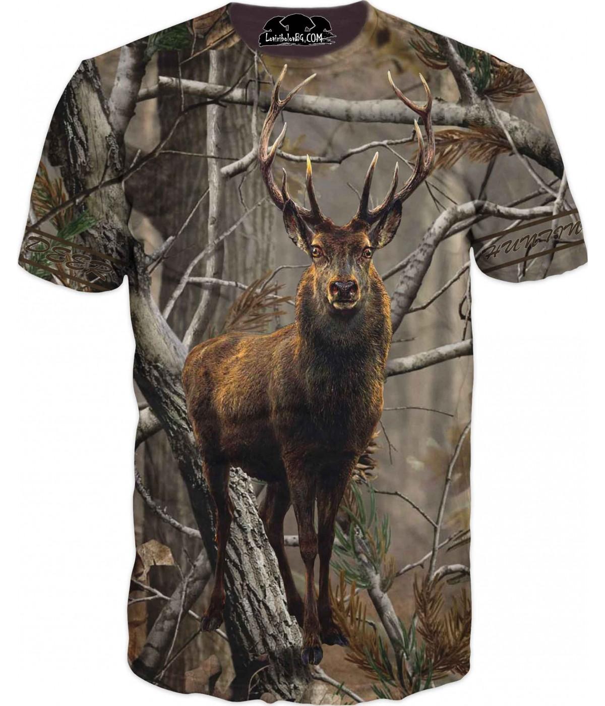 Ловна тениска с елен в горски камуфлаж