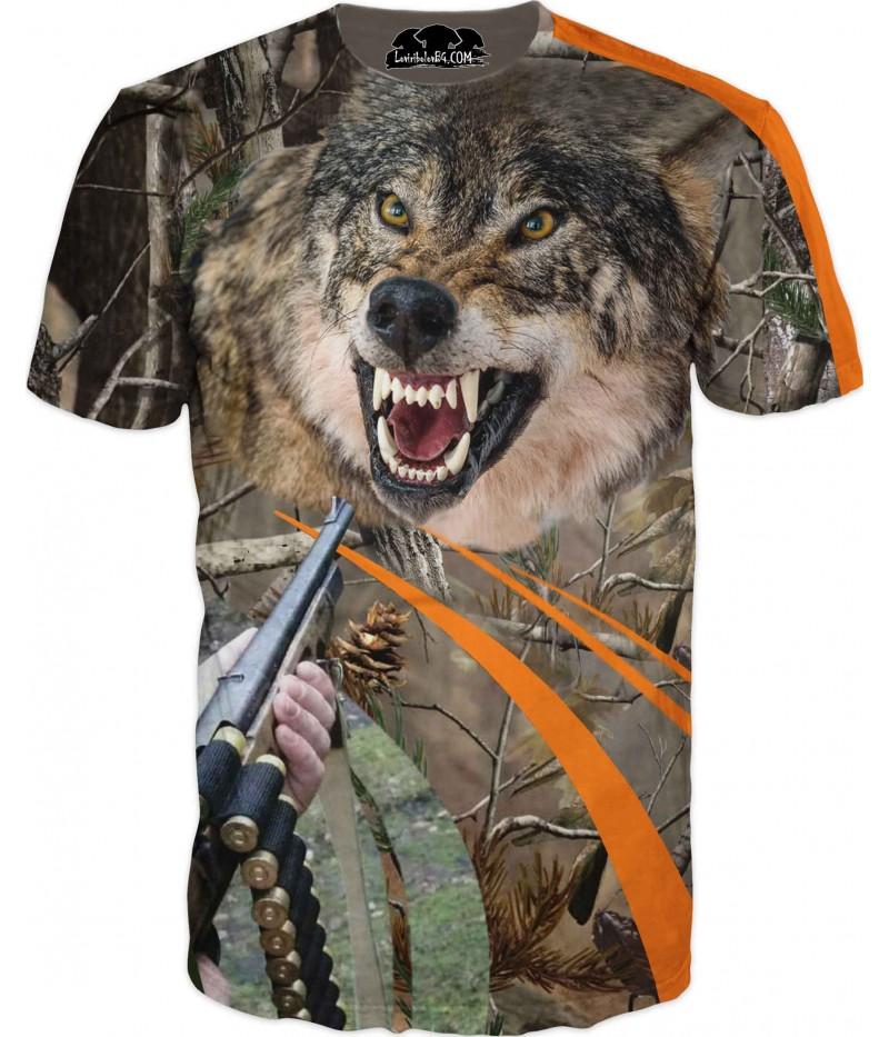 Ловна тениска с вълк в дървесен камуфлаж