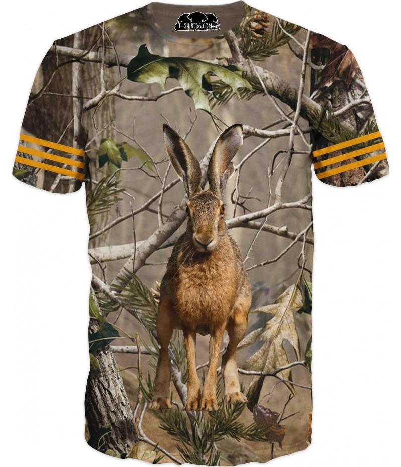 Страхотна ловна тениска със заек в гора