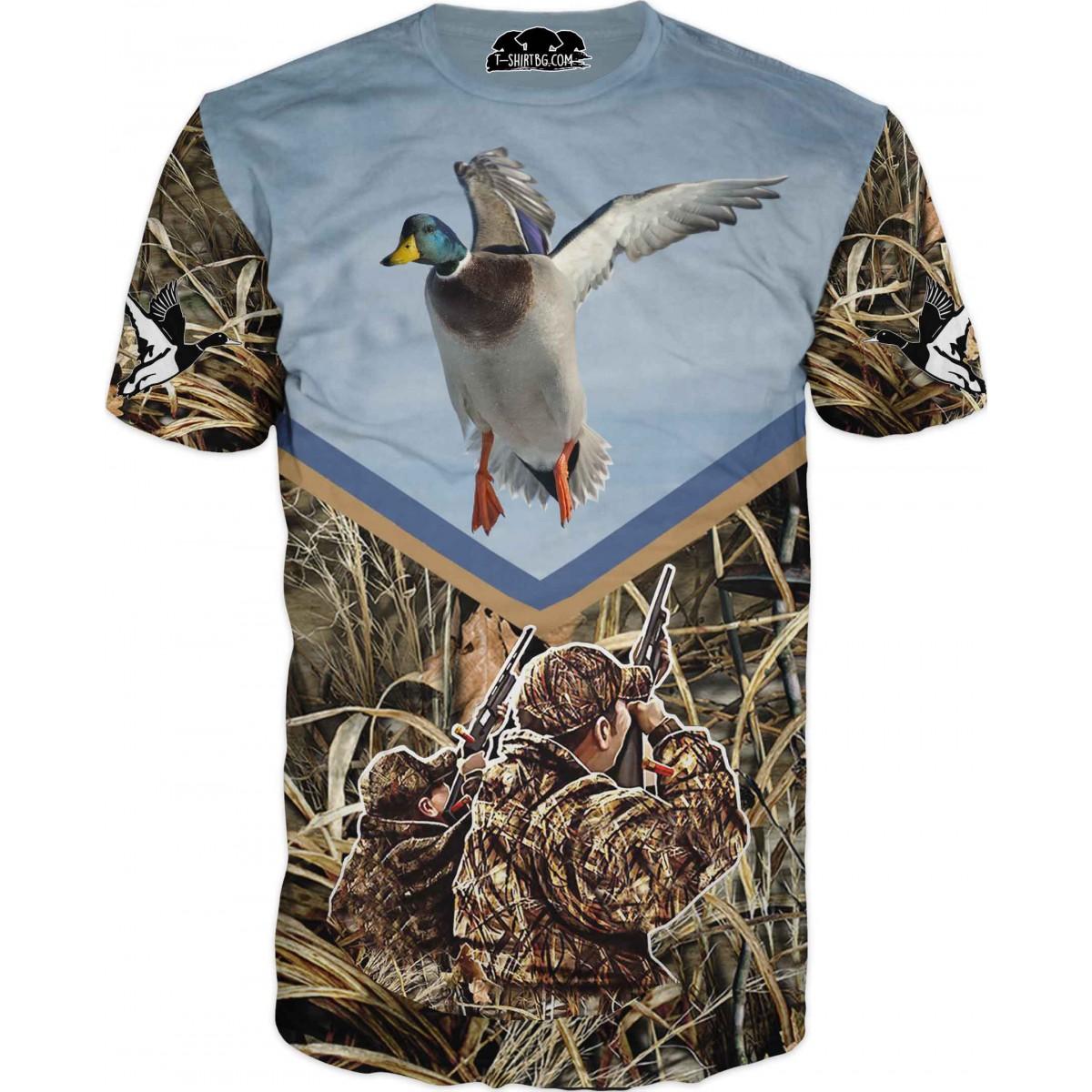 Ловна тениска с патица и ловци в тръстика