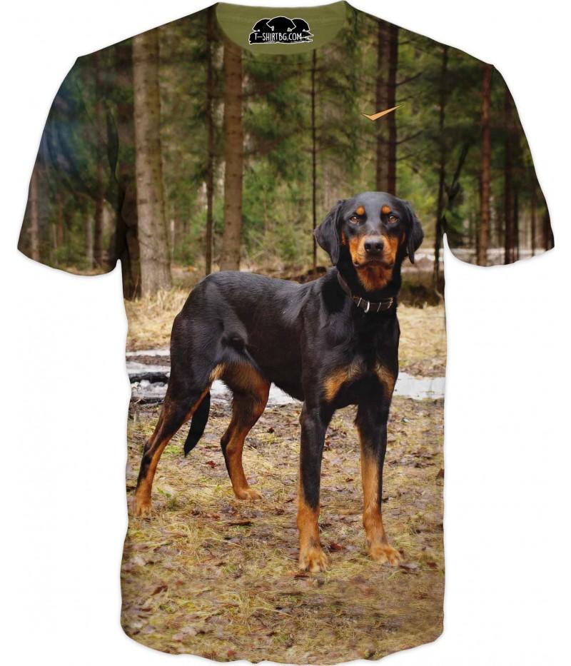Ловна тениска с българско гонче в гора