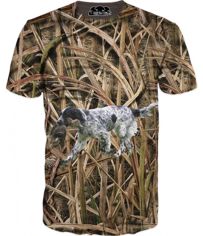 Ловна тениска с куче в камуфлаж