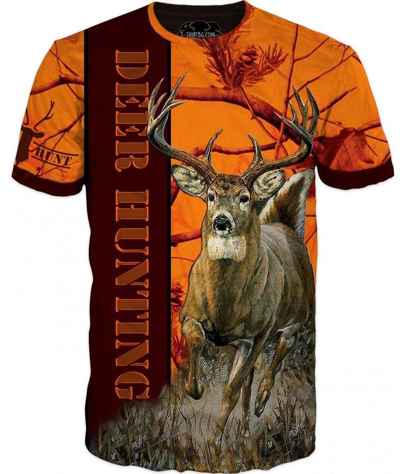 Страхотна ловна тениска с бягащ елен в камуфлаж