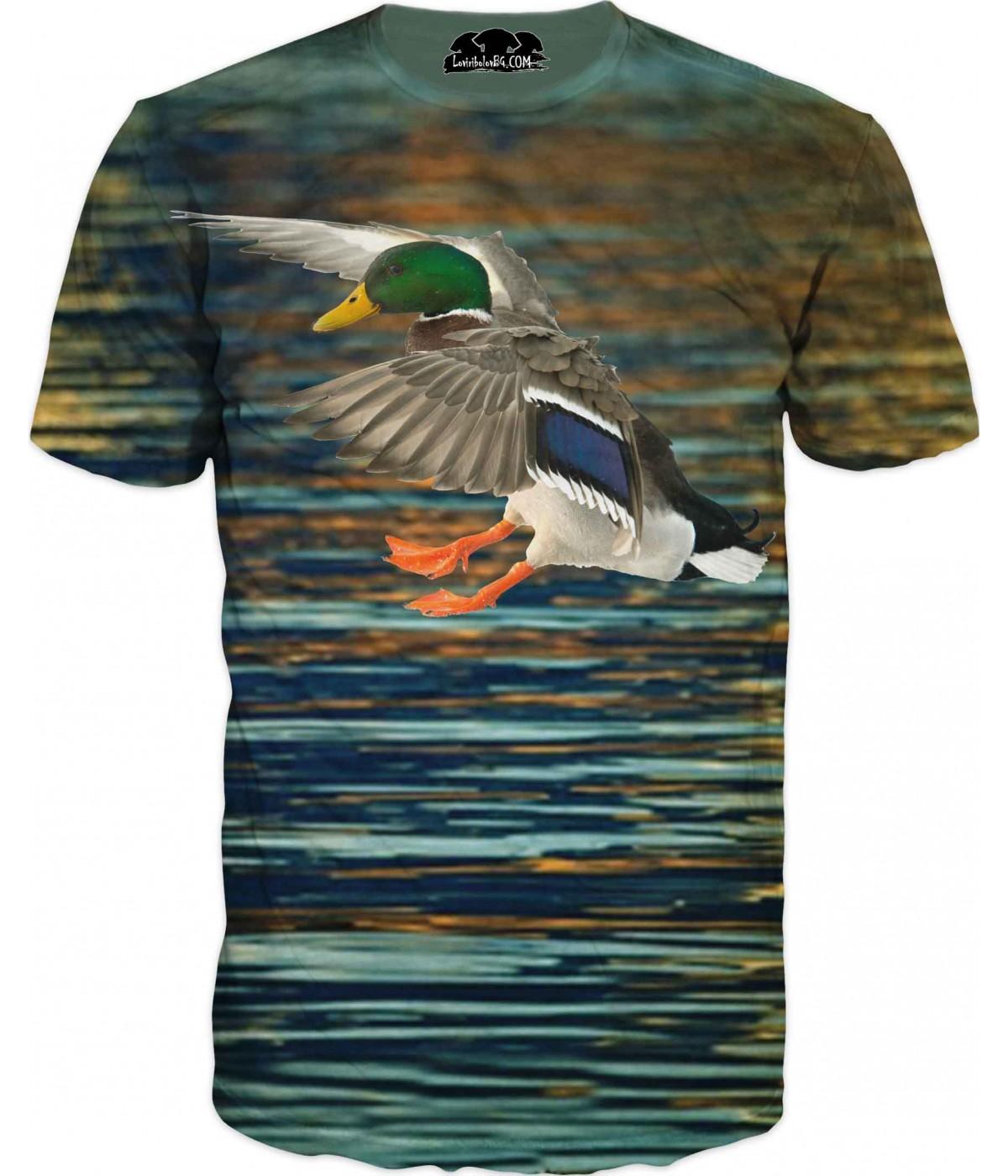 Ловна тениска - зеленоглава патица във вода