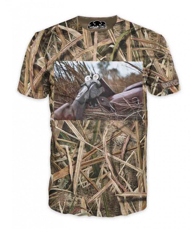 Ловна тениска с пушка в камуфлаж-тръстика