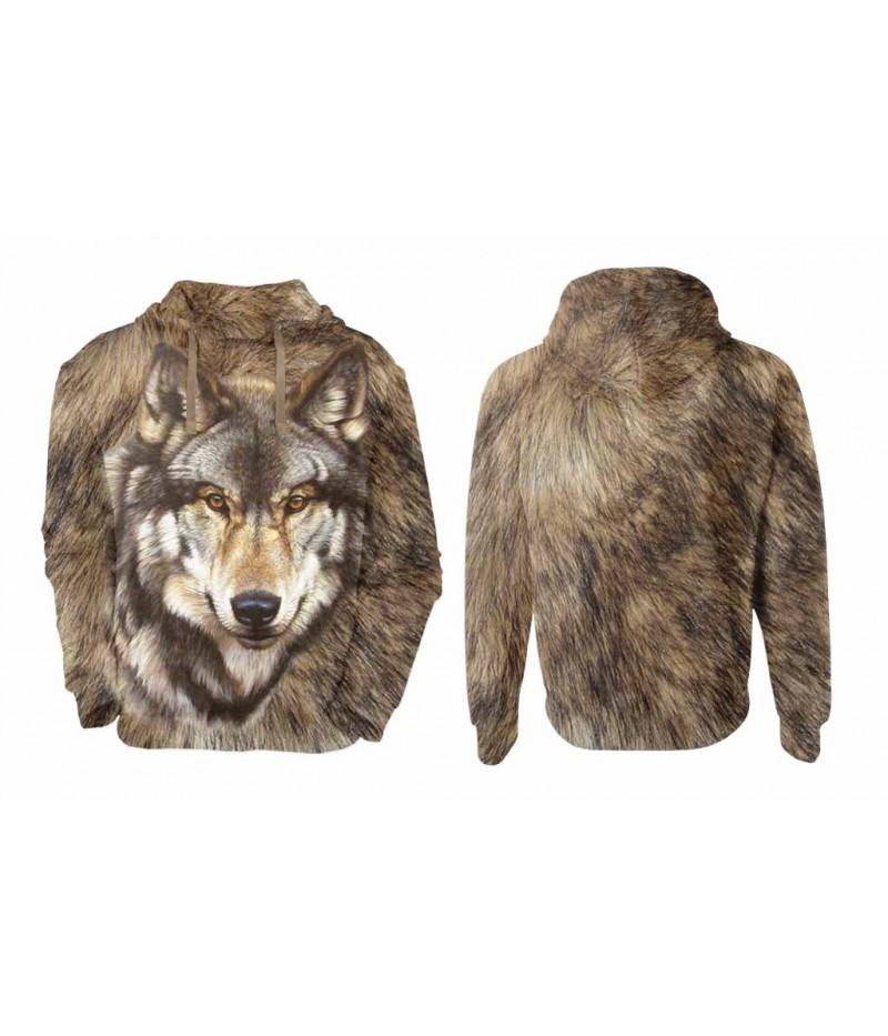 Мъжки суитчър с вълк върху козина на вълк