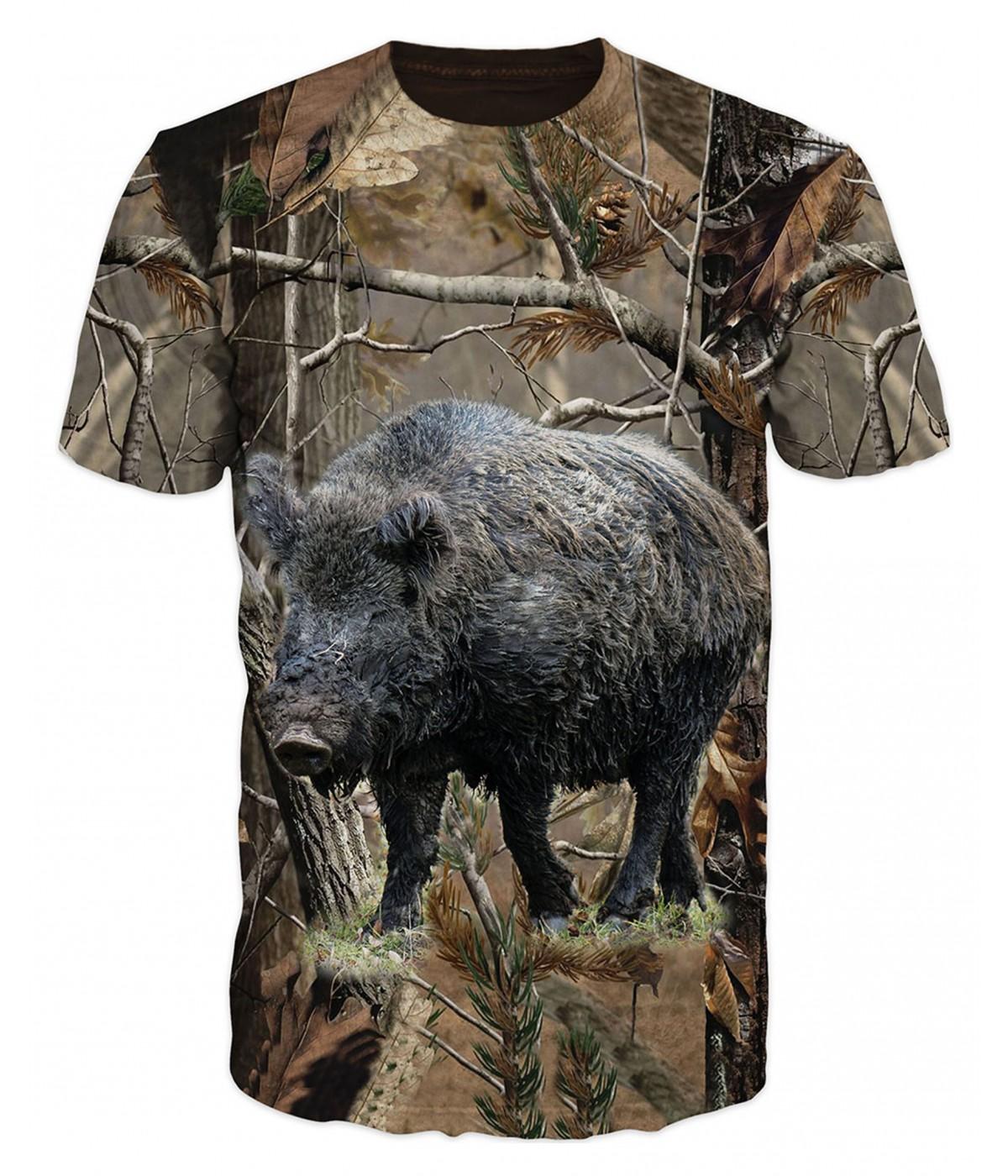 Ловна тениска с глиган в гората