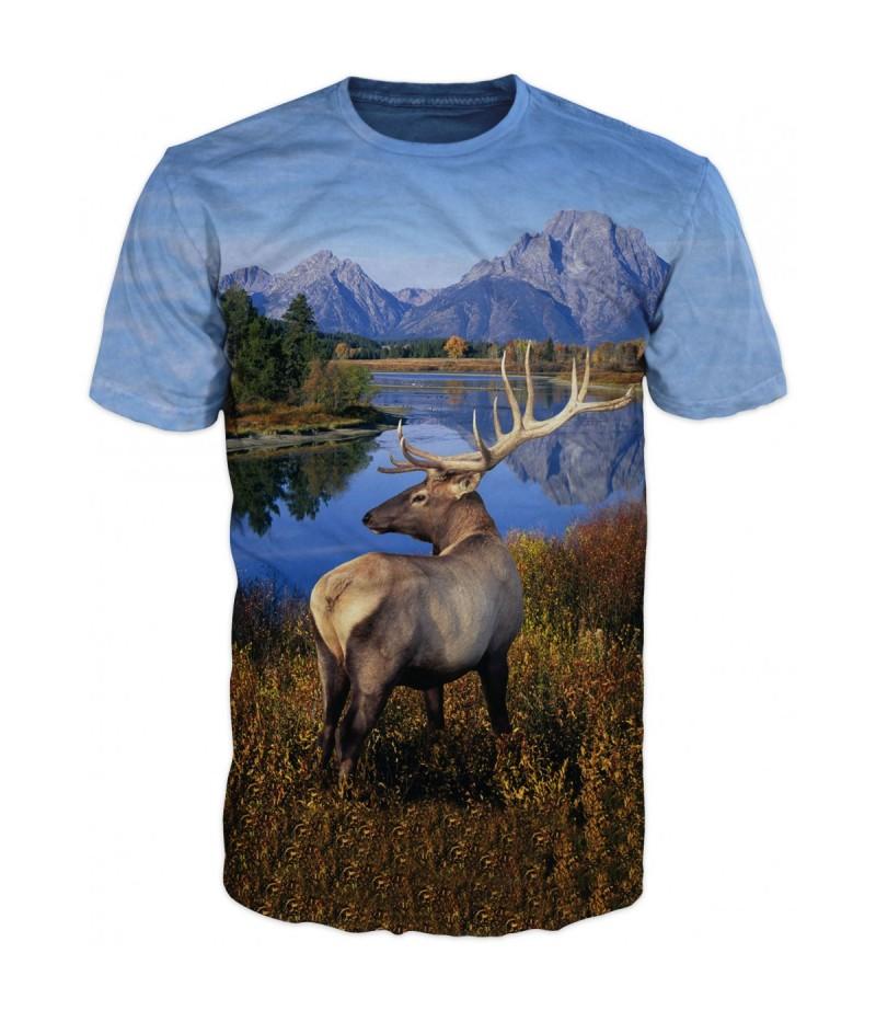 Ловна тениска с елен в планината