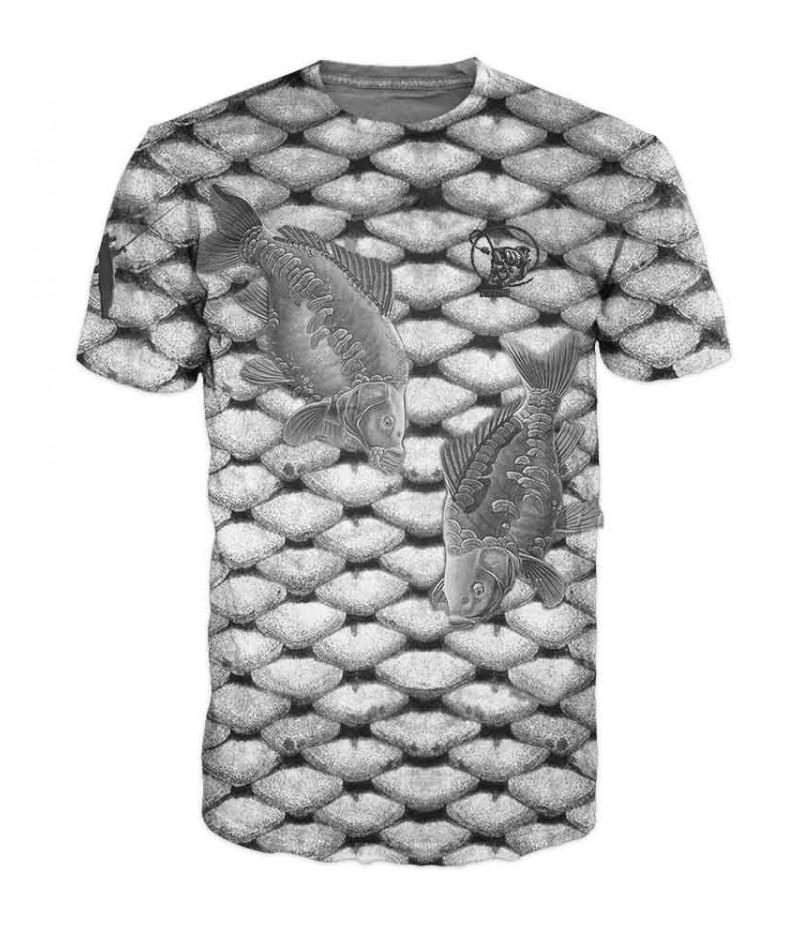 Риболовна тениска  с шаран върху люспи на шаран